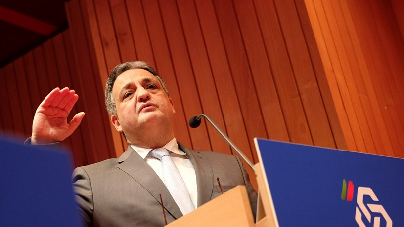 Paulo Macedo diz que o sigilo bancário vai continuar em geral