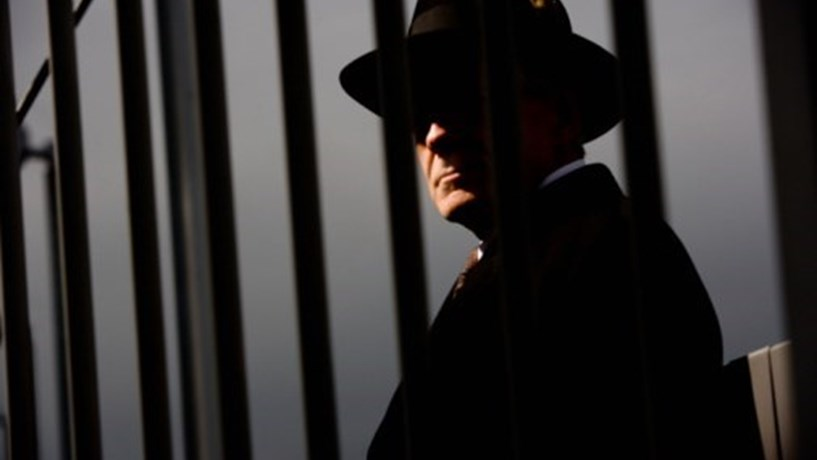 Ex-espião é internado após exposição à substância desconhecida