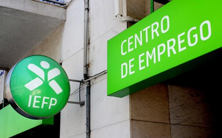 Desempregados inscritos no IEFP baixam 16% no arranque do ano