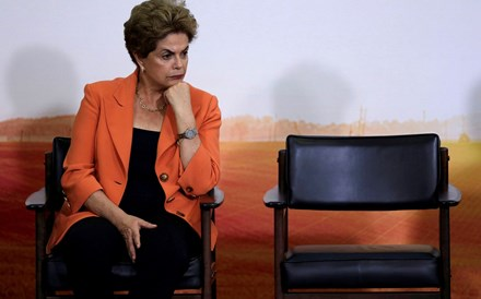 Dilma defende-se hoje do 'impeachment' no Senado